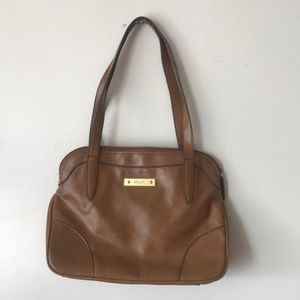 great condition - tan leather handbag by Relic
